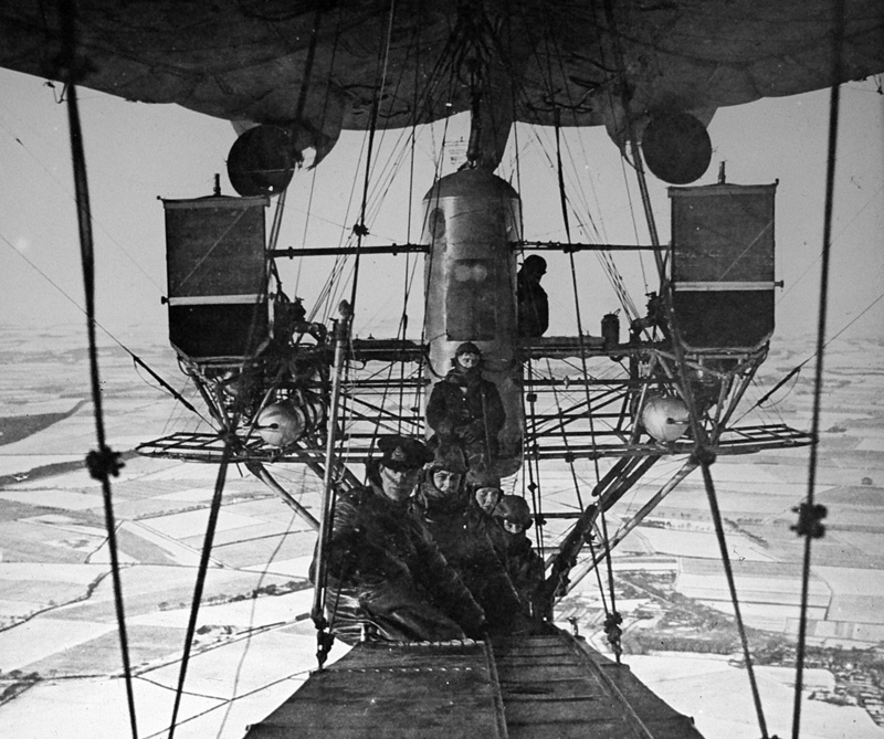 North Sea Class airship winter flight
