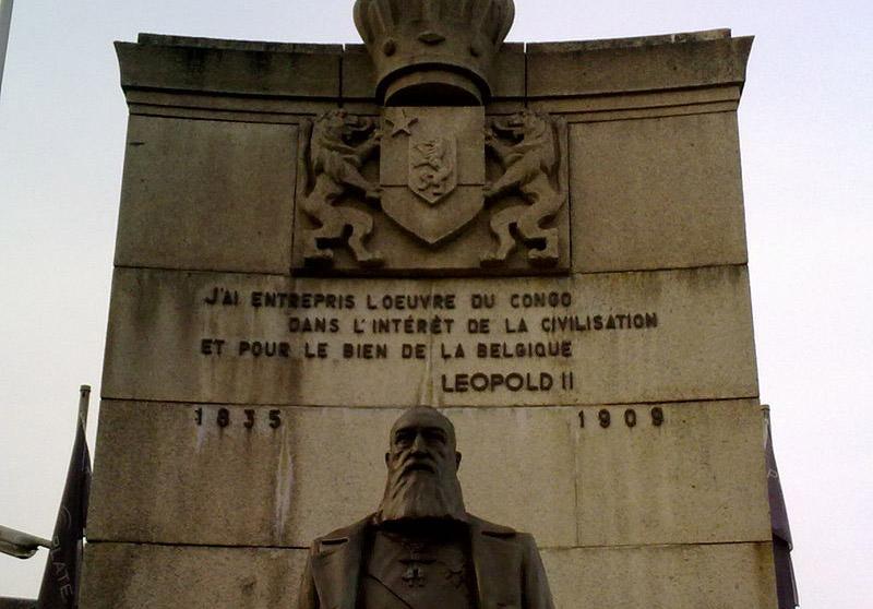 800px-Monument_à_Léopold_II_