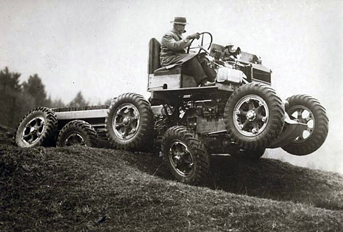 All terrain car able to descend slopes up to 65 degrees (England, 1936)