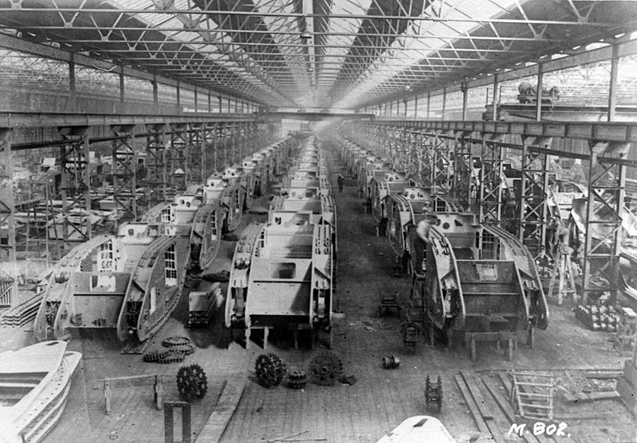 1916. Tank-gyár Birmingham, Anglia.