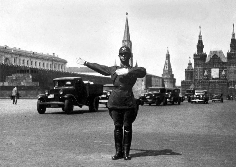 A traffic controller on Red Square, 1935