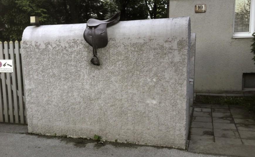 oeuvre-objet-humour-Toni-Spyra-04-870x537