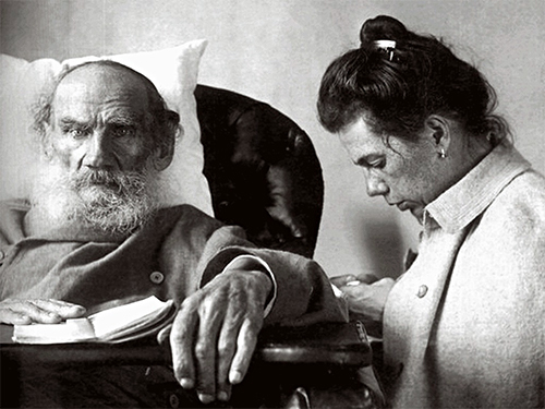 Leo Tolstoy with daughter Tatyana in Gaspra, Crimea, 1902