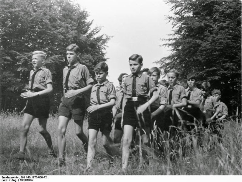 Hitler Youth (25)