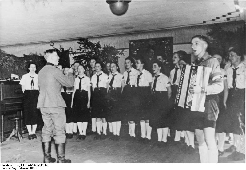 Hitler Youth (26)