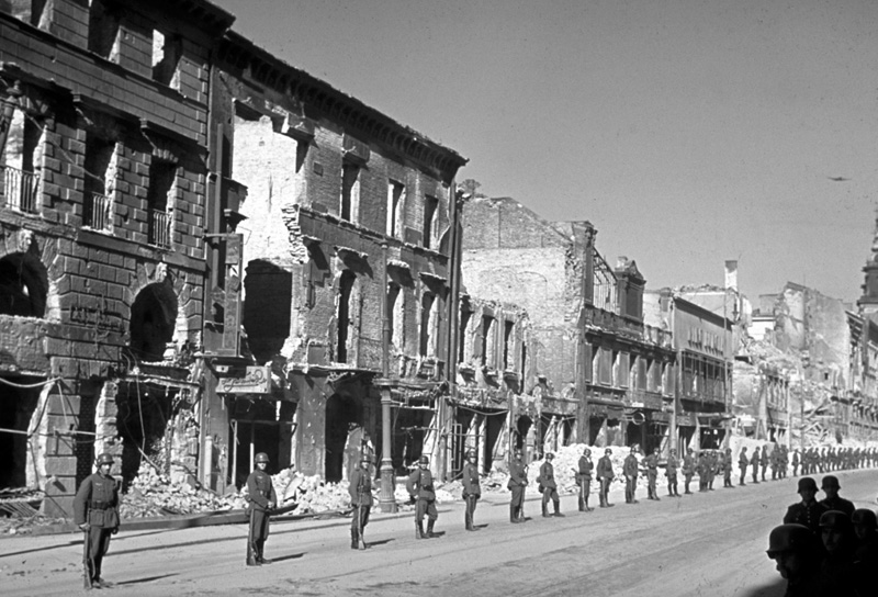 German troops prepare for victory parade after the invasion of Poland, 1939