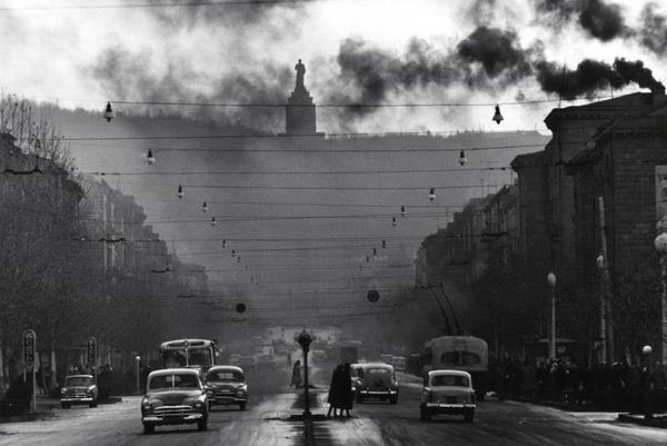 Robert Lebeck. Yerevan. Monument to Stalin. 1962
