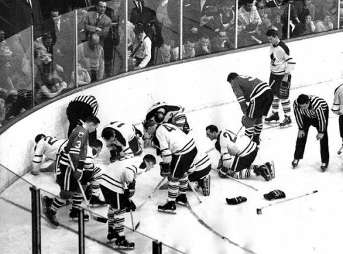 The Blackhawks and Maple Leafs search for a contact lens of all things, 1962