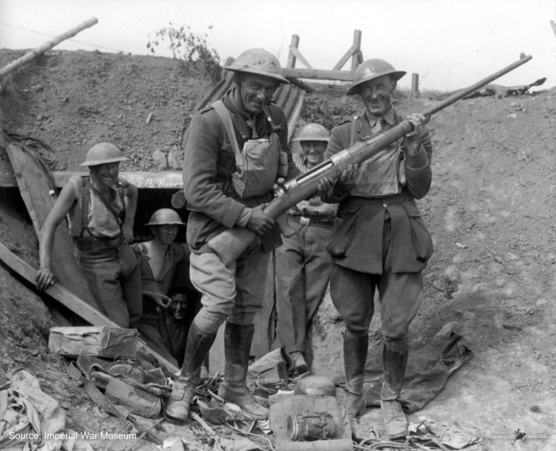 New Zealand soldiers pose with a captured German Mauser T-Gewehr anti-tank rifle near Grevillers, 1918