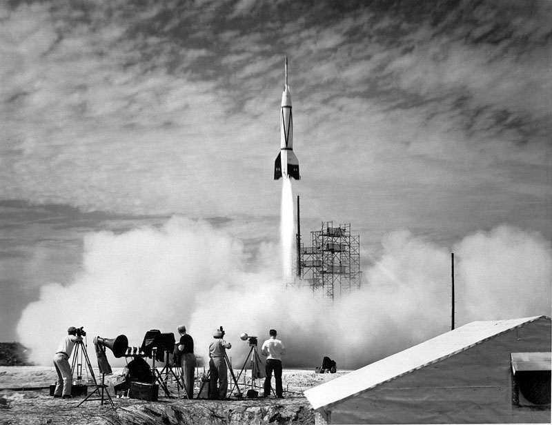 Test of a captured german 'V2' rocket in 1950 (first launch ever from Cape Canaveral)
