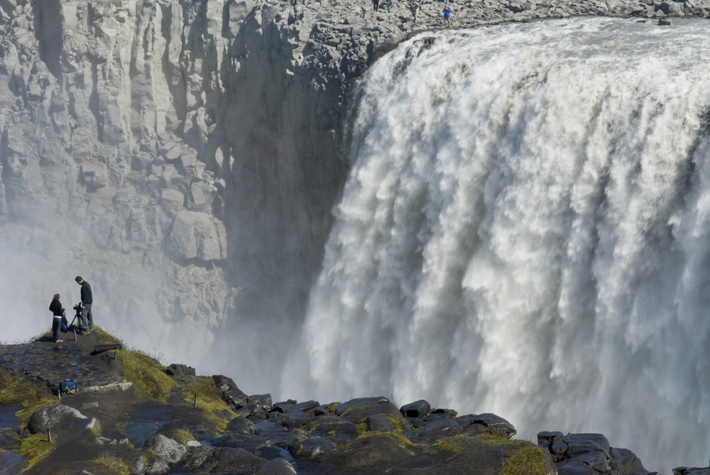 Artwork-Dettifoss-waterfall
