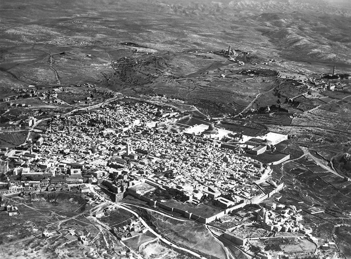 Aerial photo of Jerusalem, 1917