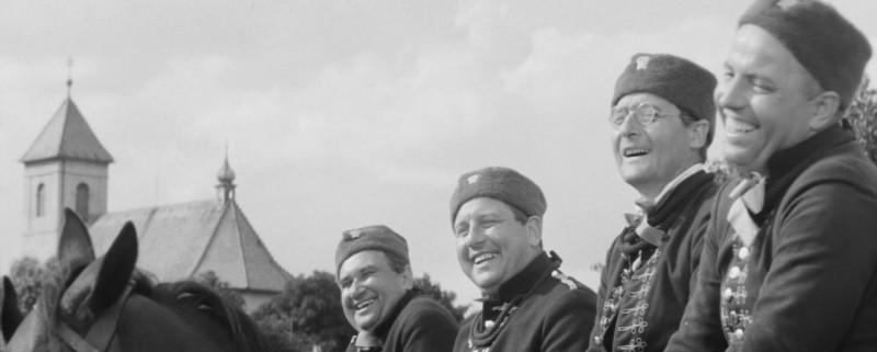 At zije republika (1965).mkv_snapshot_00.32.59_[2020.03.15_09.09.12].jpg