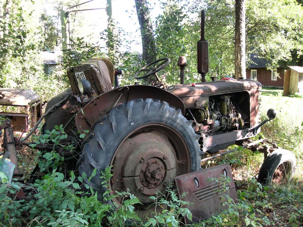 Маленький трактор Белорус – 320 и отзывы о нём