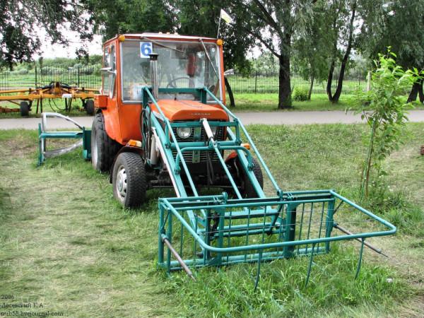 Трактор_4231