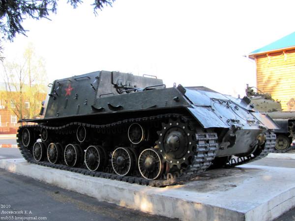 ISU-152_1181