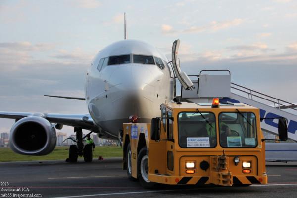 Boeing_737-800_Pegasus