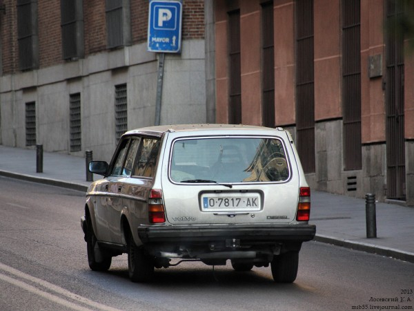Volvo_244