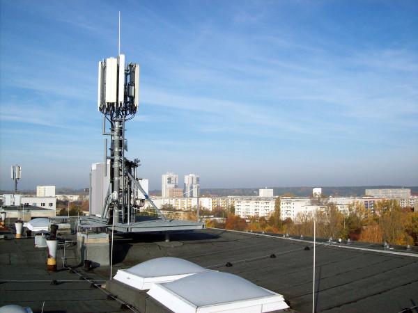 Ученые предупреждают об опасности для здоровья сетей 5G.