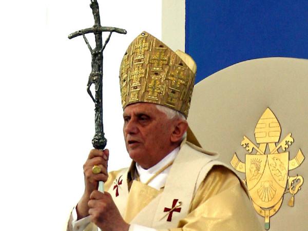О.Четверикова о сатанинских символах Ватикана. 575318_600