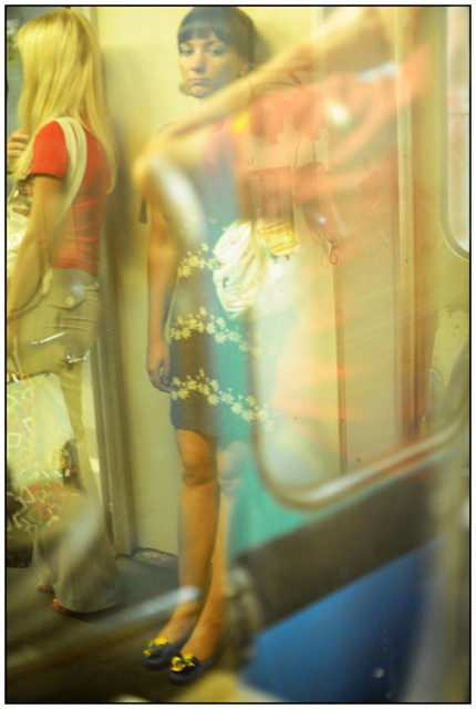Гелий Сокол. В метро