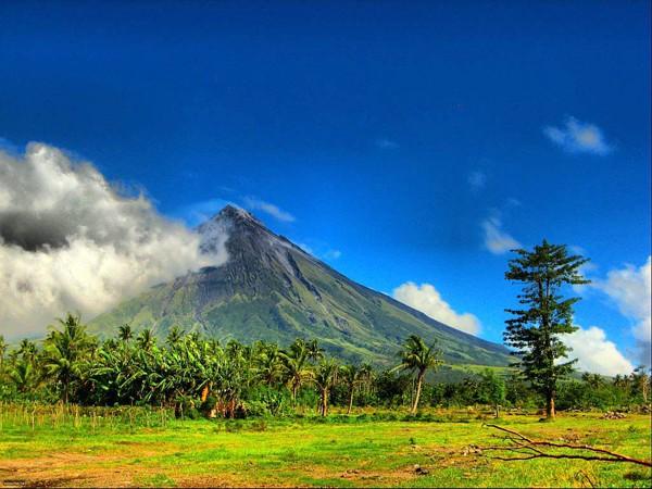 Mayon-1.jpg1