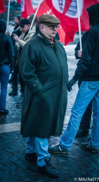 толстый мужик