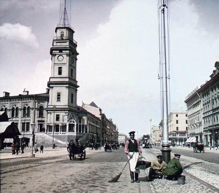 F. Krátký Petrohrad, 1896. Něvský prospekt