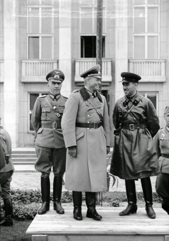 German–Soviet military parade in Brest-Litovsk 33