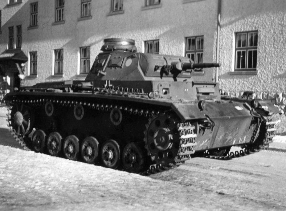 Pz.Kpfw_III_Ausf_E
