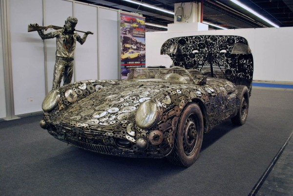 giants_of_steel_cars_made_out_of_junk_metal_art14