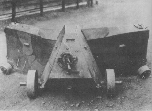 _japan_mobile_rifle_hole_1_1940s