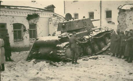1941-kv1-2