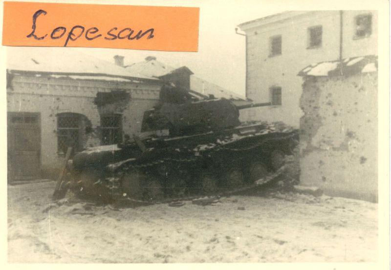 1941-kv1-22