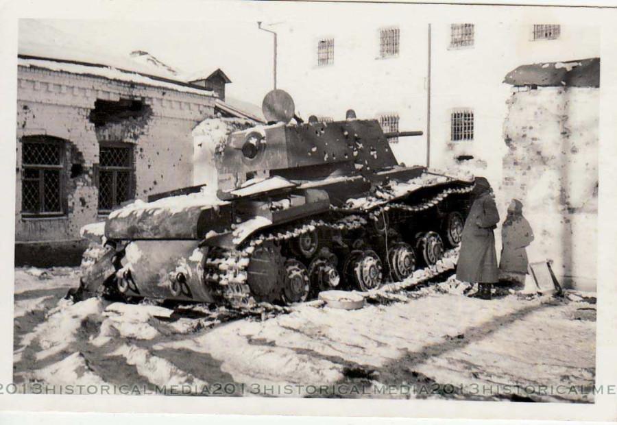 1941-kv1-44