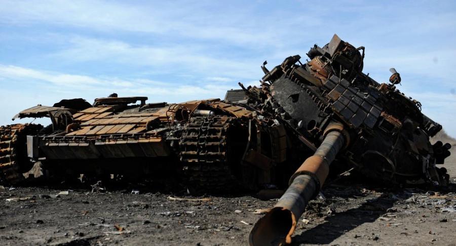 Порошенко пугает Россию военной мощью