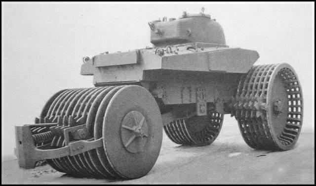 tank-T10ShermanM4A2-2