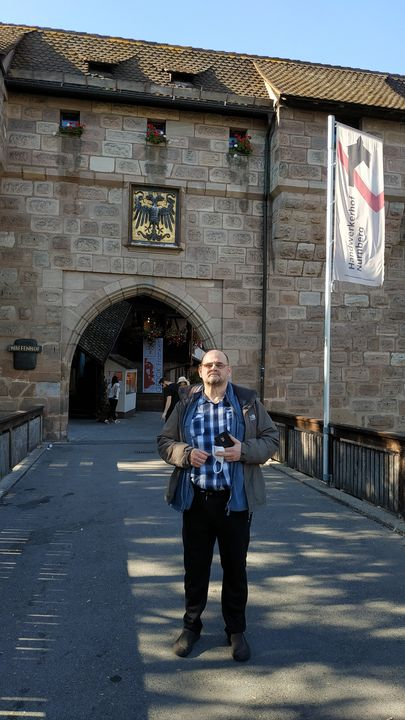 В Нюрнберге у стены