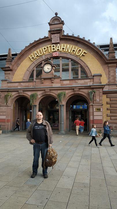У вокзала в Эрфурте