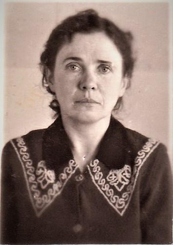 Зоя Павловна, родная тётя моей мамы.
