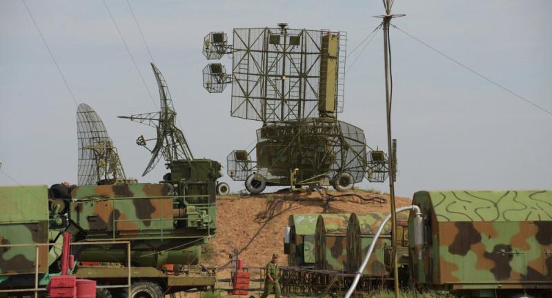 РЛС 22Ж6М на боевой позиции