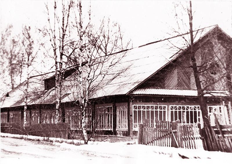 Детский сад пос. Сухобезводное, 50-е годы, фото  из Одноклассников.