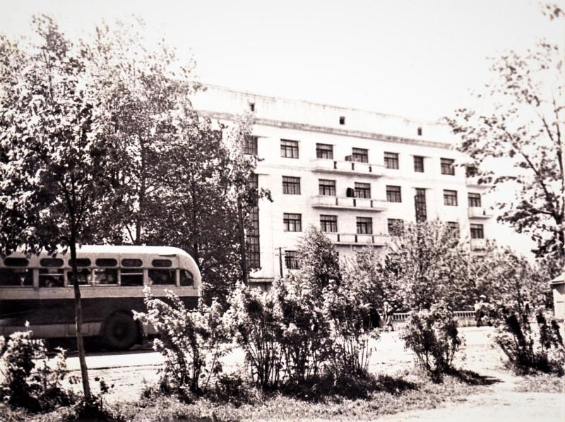 Правдинск, 40-ка квартирные дома, проспект Дзержинского. 1964 год
