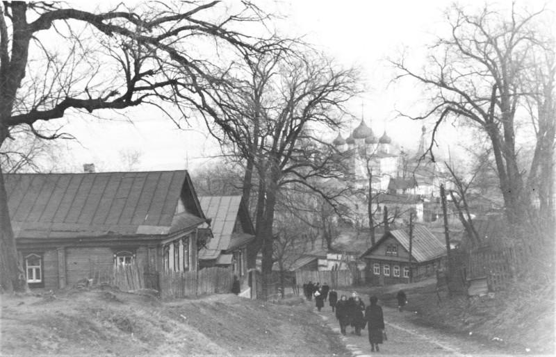 Спуск к Печерскому Монастырю. Нижний Новгород, 50-е годы