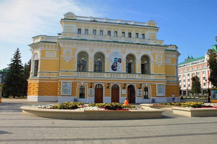 Знаменитый нижегородский драмтеатр.