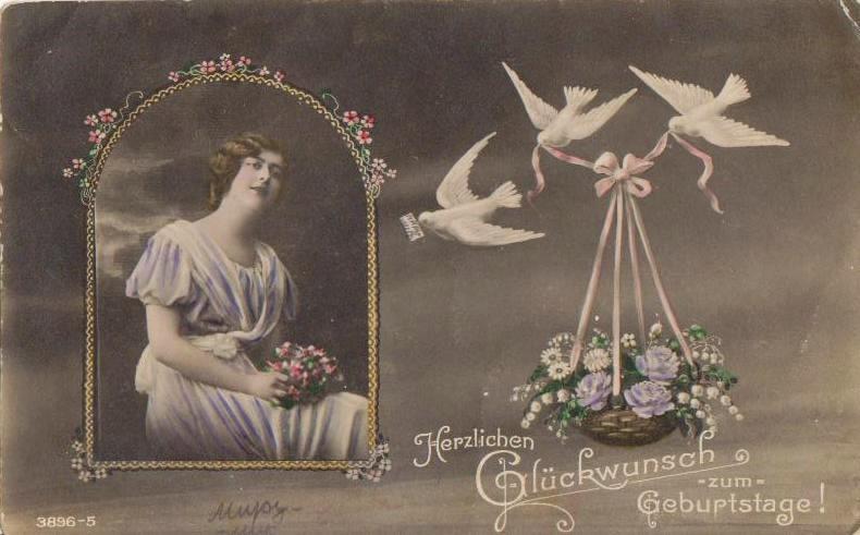 """На открытке надпись на немецком """"Поздравляем с Днём рождения"""". Карандашом приписано """"Миру-мир""""."""
