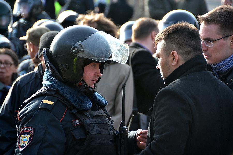 Толпа на митинге на Пушкинской площади