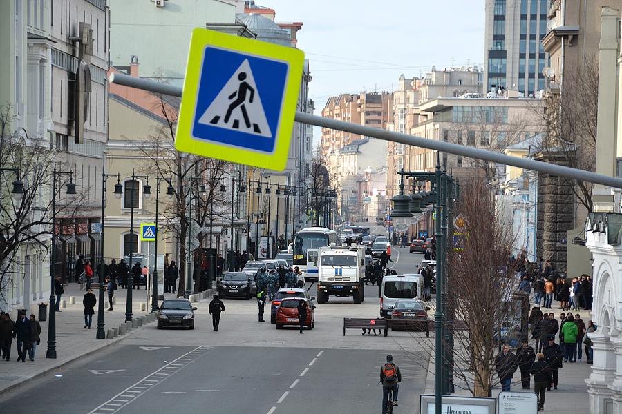 Пустые улицы после митинга