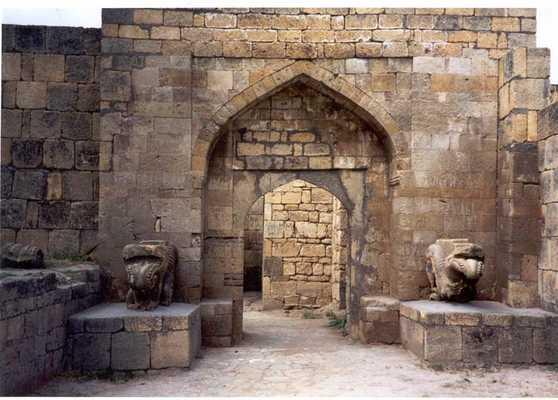 Derbent_gate