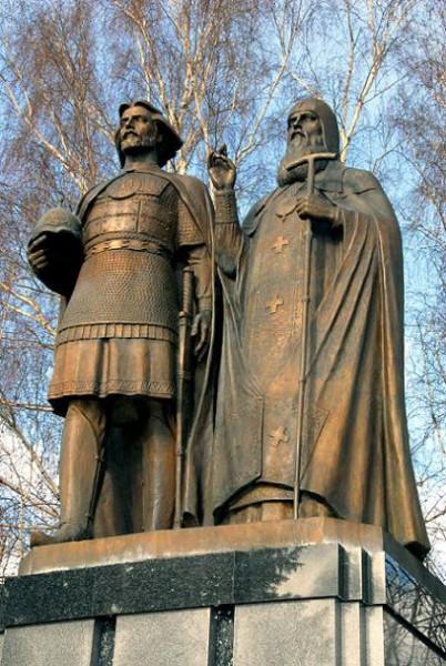 Памятник Георгию Всеволодовичу в Нижегородском Кремле